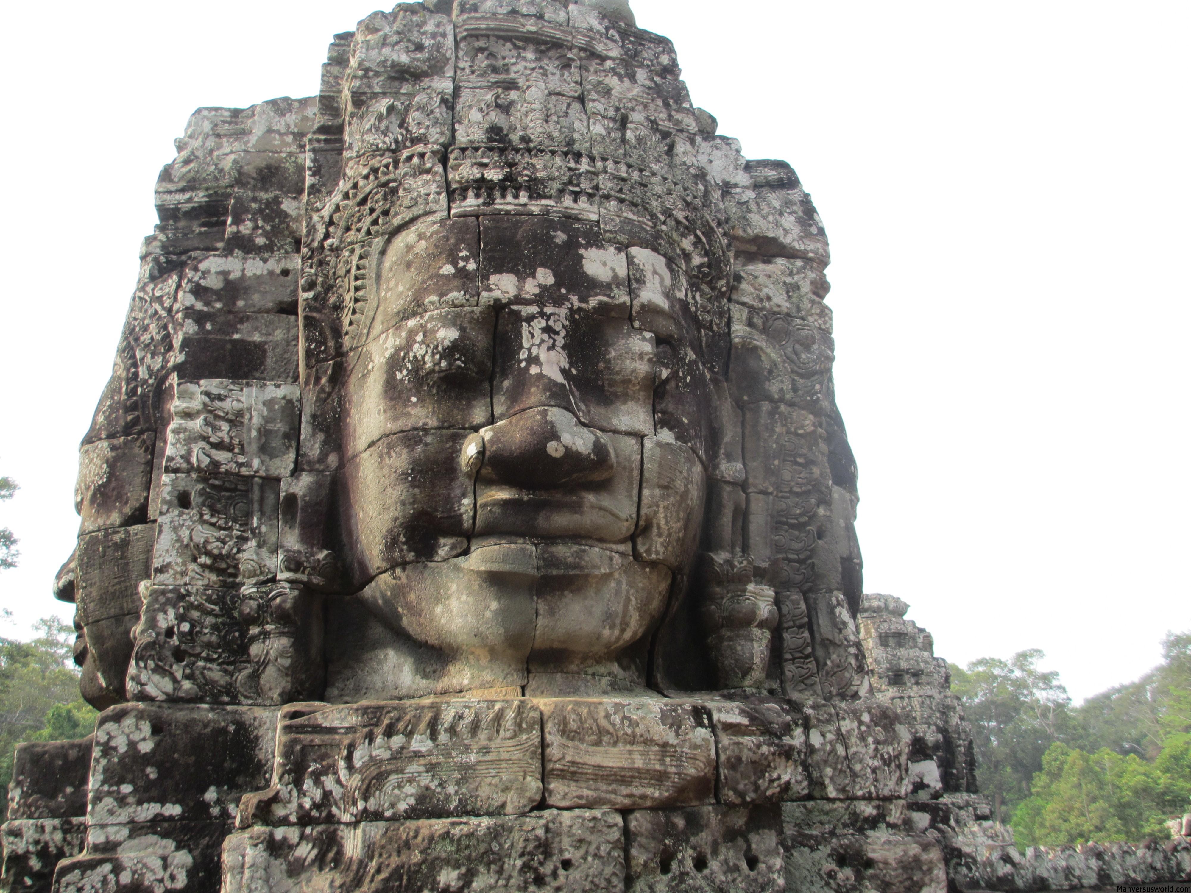 Bayon Temple-amasia travel