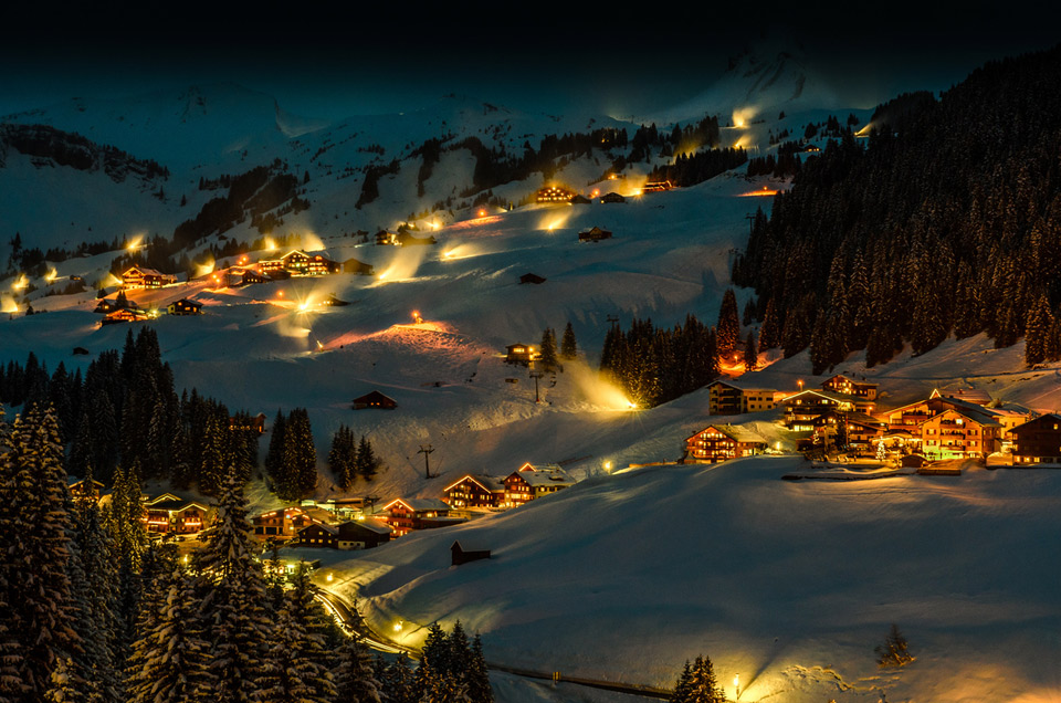 Magical winter night in Damüls, Austria. Photo by: Marco Stolle